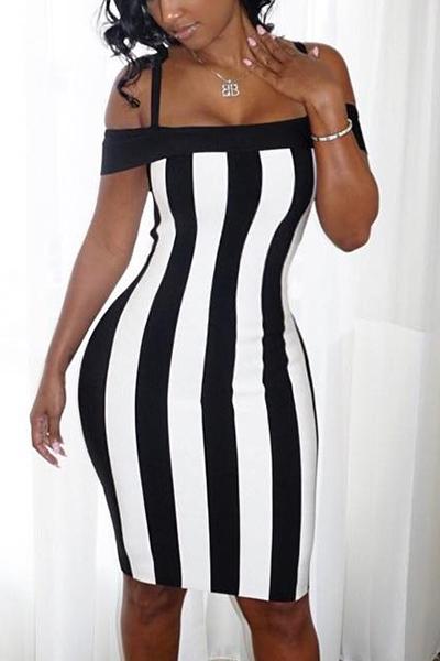 Sexy Bateau Neck Sleeveless Black-Branco Patchwork Saudável Tecido Vestido de joelho Comprimento