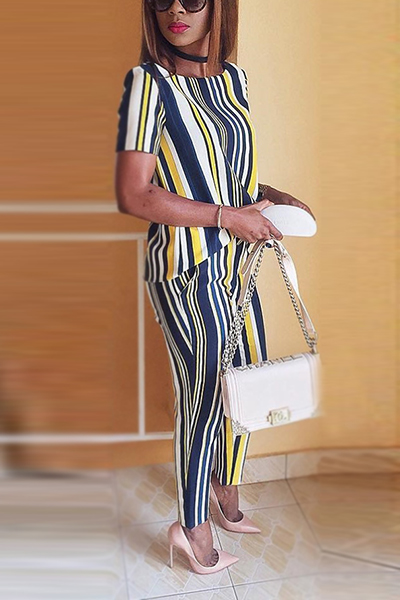 Stylish Round Neck Short Sleeves Striped Healthy Fabric Two-piece Pants Set