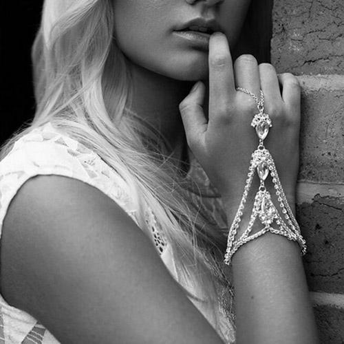 Fashion Hollow-out Silver Metal Bracelet