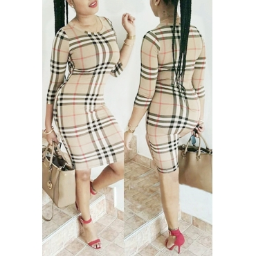 Stylish Round Neck Three Quarter Sleeves Plaids Polyester Sheath Knee Length Dress