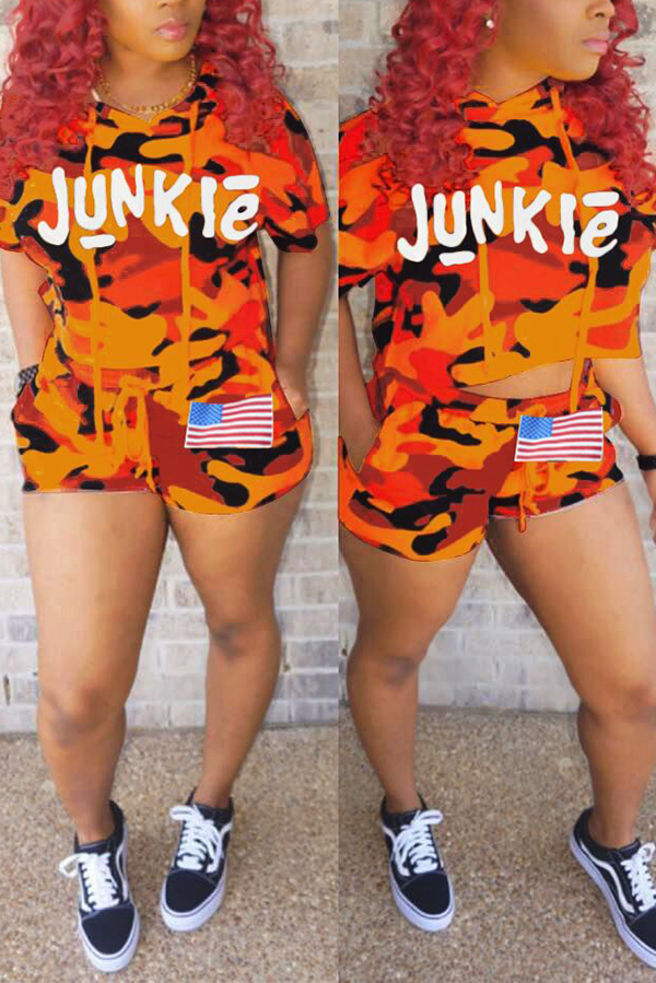 Lovely Leisure Hooded Collar Camouflage+Letters Printed Orange Twilled Satin Two-piece Shorts Set