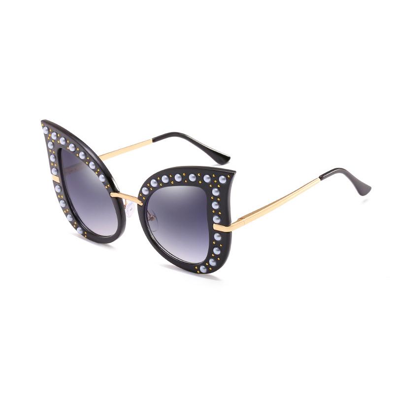 Fashion Pearl Decoration Black PC Sunglasses