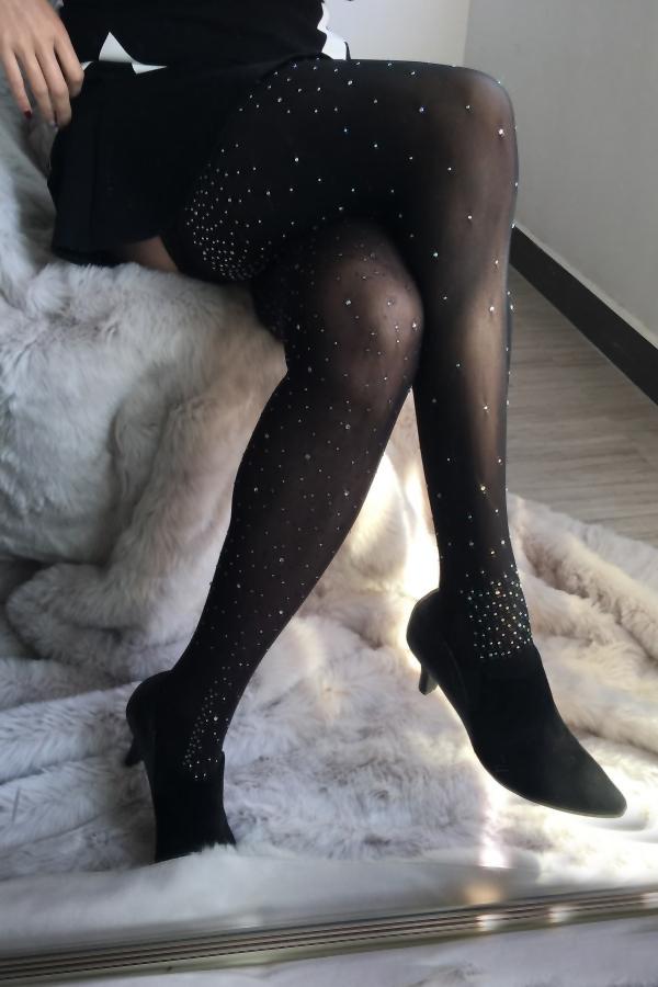 Trendy Diamante Decorative Black Velvet Stockings