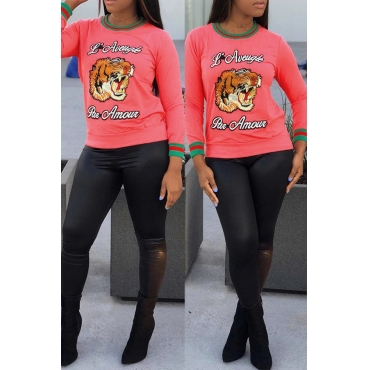 Casual Round Neck Animal Embroidered Pink Blending T-shirt