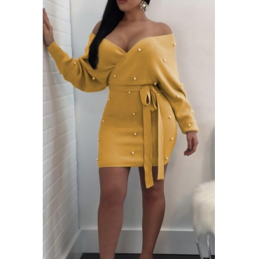 Sexy V Neck Backless Pearl Decoration Yellow Polyester Mini Bodycon Dress(With Belt)