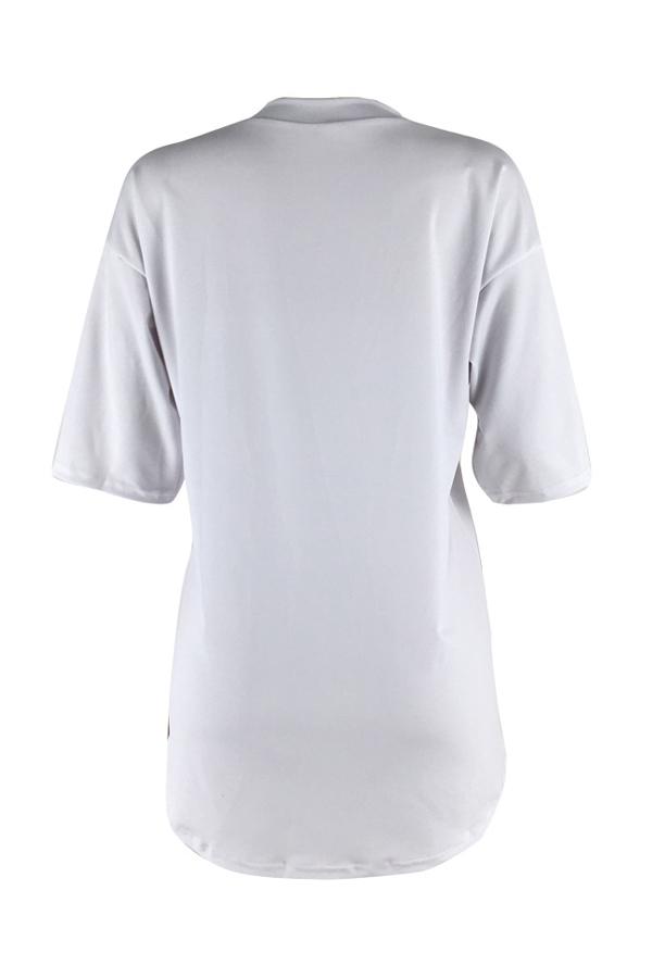 Reizendes Beiläufiges Rundhalsbuchstaben Gedrucktes Weißes Polyester-Minikleid