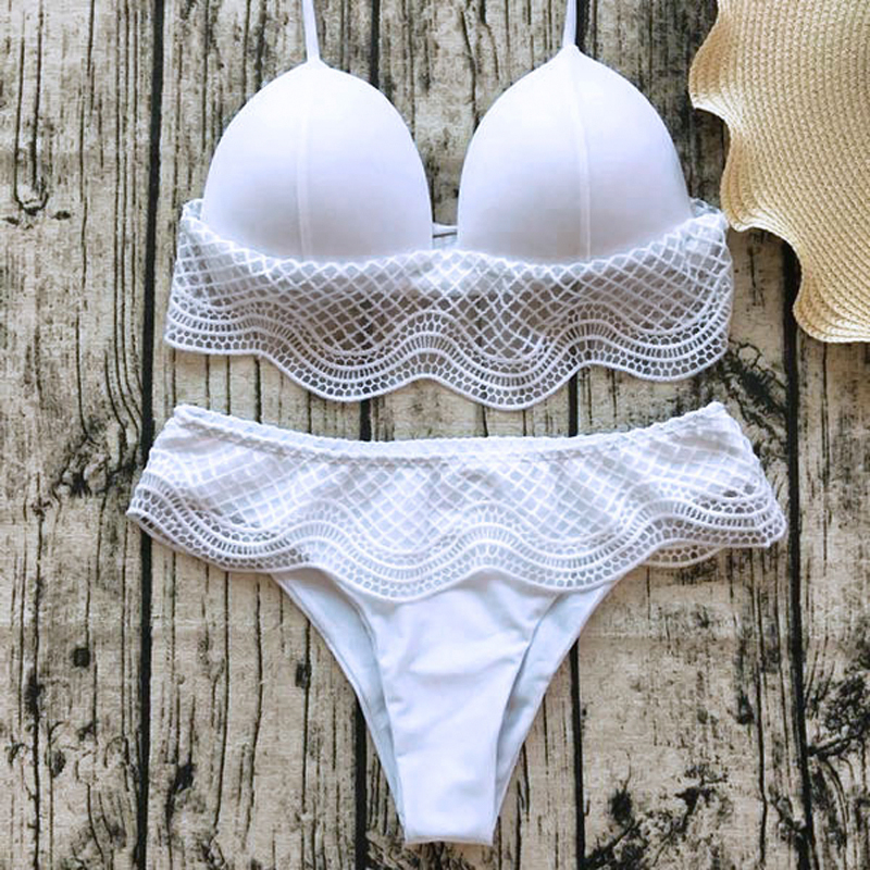 Lovely Sexy Lace Patchwork White Spandex Two-piece Swimwears