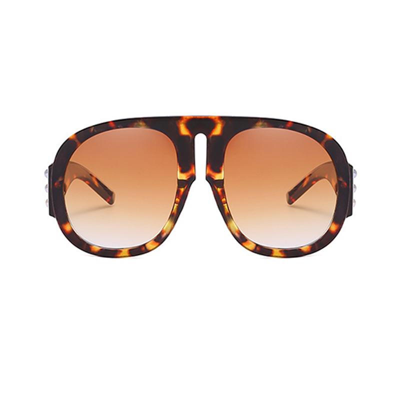 Encantadora Moda Remache Decorativos Leopardo PC Gafas De Sol