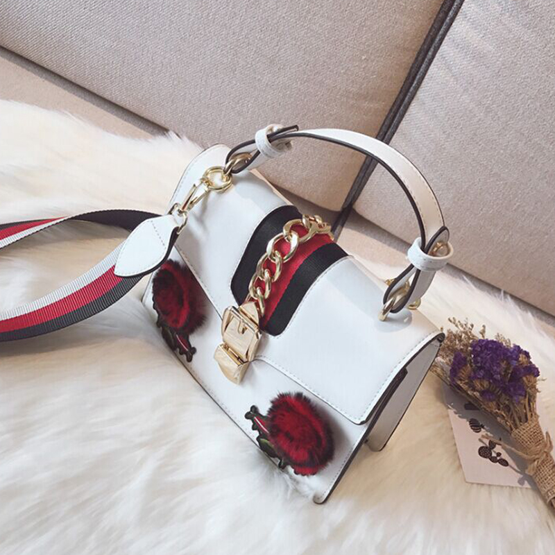 Lovely Fashion Floral Decorative Hasp White PU Clutches Bags