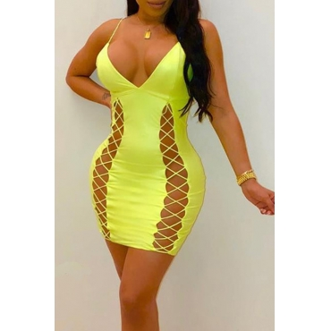 Lovely Sexy V Neck Hollow-out Yellow Sheath Mini Dress