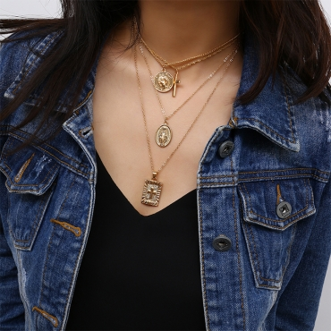 Lovely Euramerican Layered Gold Metal Necklace