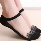 Lovely Casual Lace Edge Black Ankle Socks