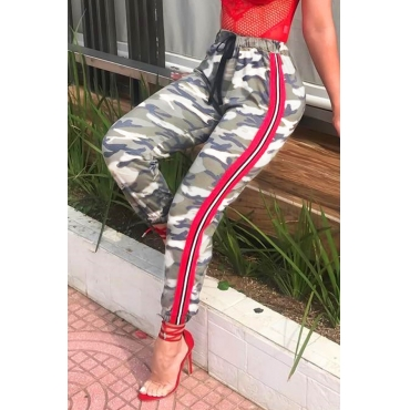 Lovely Casual Striped Camouflage Printed Pants