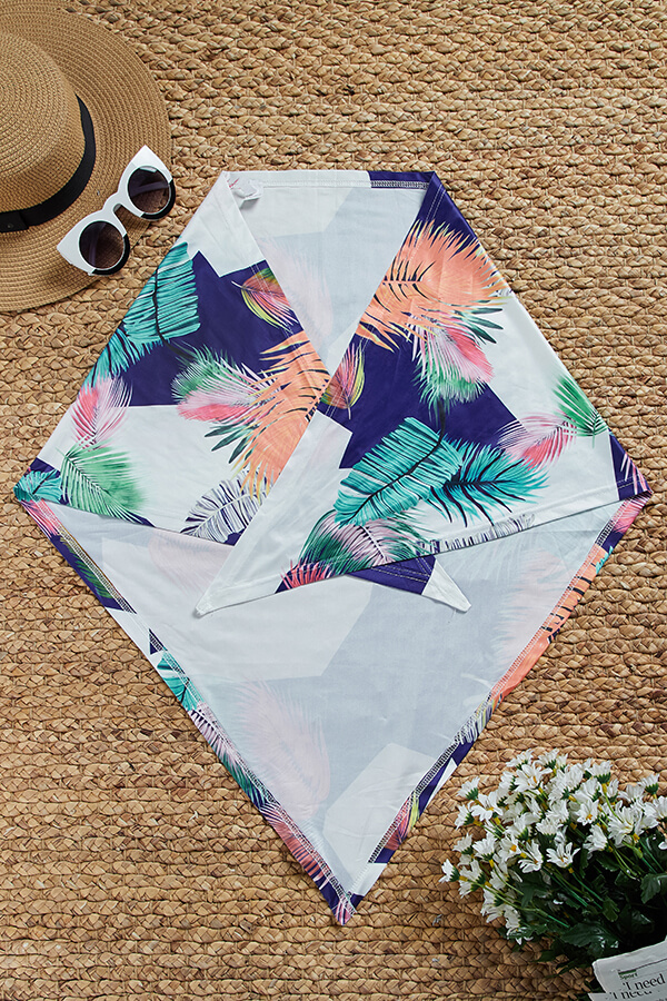 Lovely Sexy Printed Hollow-out White Two-piece Swimwear(With Scarf)