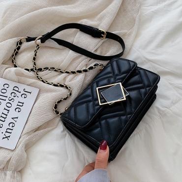 Lovely Chic Chain Design Black Messenger Bag
