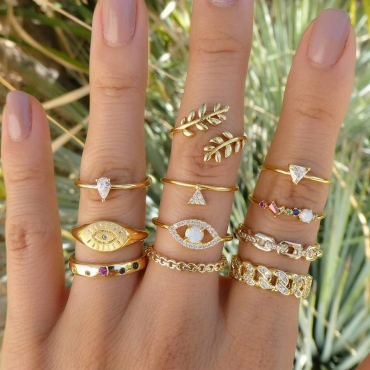 Lovely Trendy 11-Piece Gold Alloy Ring