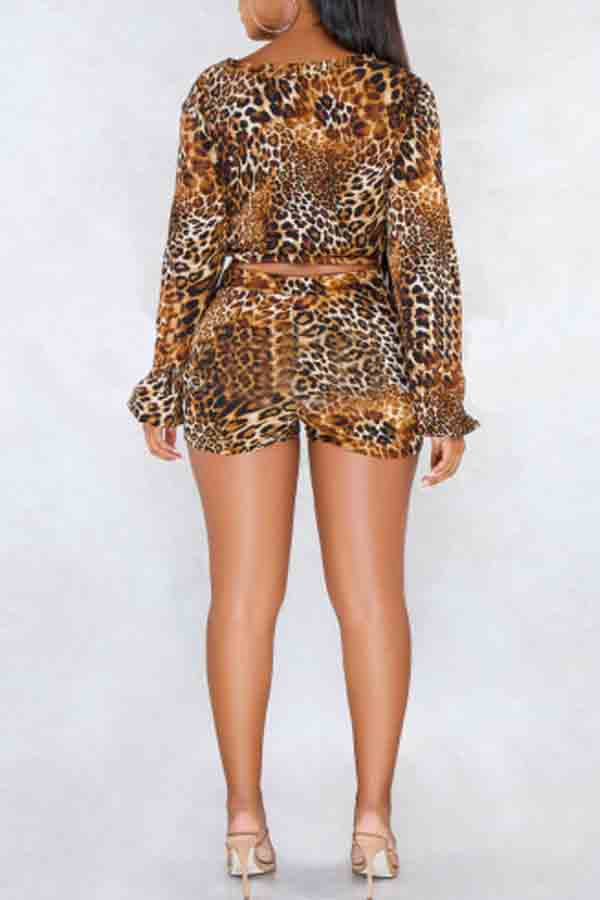Lovely Chic Leopard Printed Coffee Two-piece Shorts Set