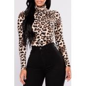 Lovely Trendy Leopard Printed T-shirt