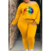 Lovely Casual Lip Printed Yellow Plus Size Two-pie