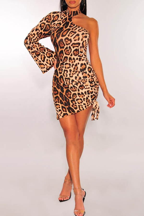 Lovely Trendy One Shoulder Leopard Printed Mini Dress