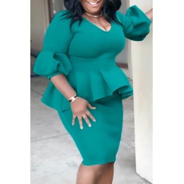 Lovely Casual V Neck Flounce Design Green Knee Length Plus Size Dress