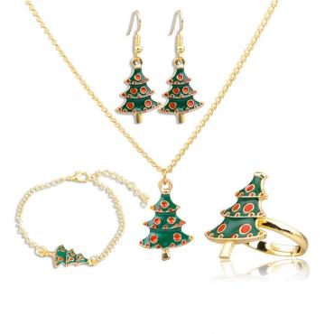 Lovely Christmas Day 4-piece Green Bracelet
