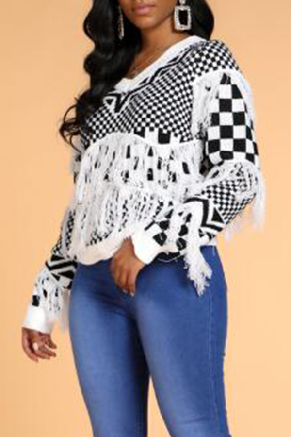 Lovely Trendy Tassel Design Geometric White Sweater