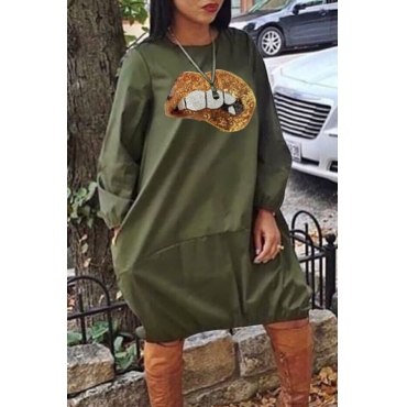Lovely Casual Lip Print Army Green Knee Length Dress