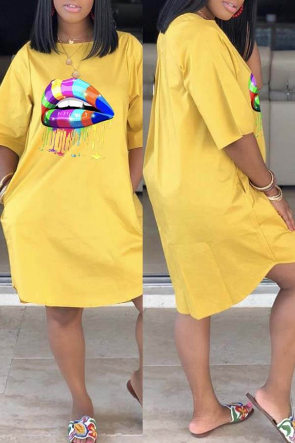 Lovely Casual Lip Print Yellow Knee Length Dress