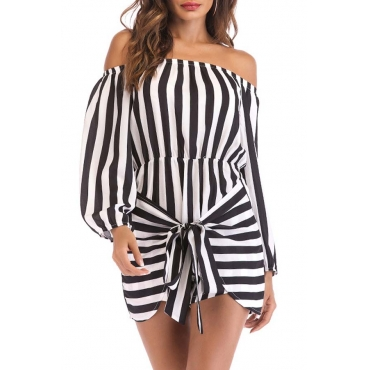Lovely Chic Striped Black One-piece Romper