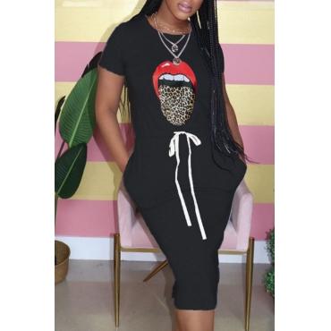 Lovely Leisure O Neck Lip Print Black Knee Length Dress