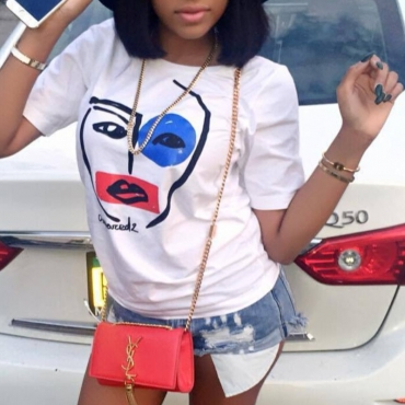 lovely Casual O Neck Face Print White T-shirt