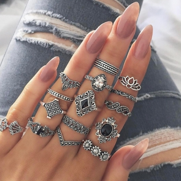 lovely Stylish 15-piece Silver Ring