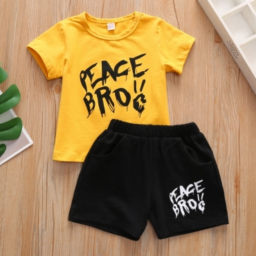 lovely Casual Letter Yellow Boy Two-piece Shorts Set