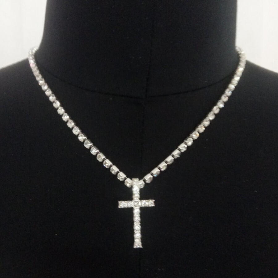 Lovely Stylish Cross Silver Necklace