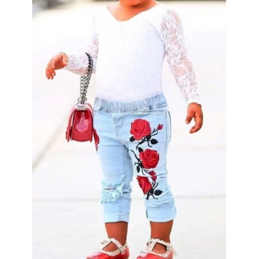 Lovely Casual V Neck Lace Patchwork White Girl Two