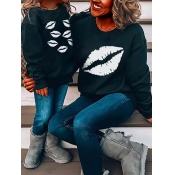 lovely Family O Neck Lip Print Black Girl Hoodie