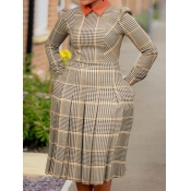 Lovely Formal Plaid Print Pleated Design Brown Mid