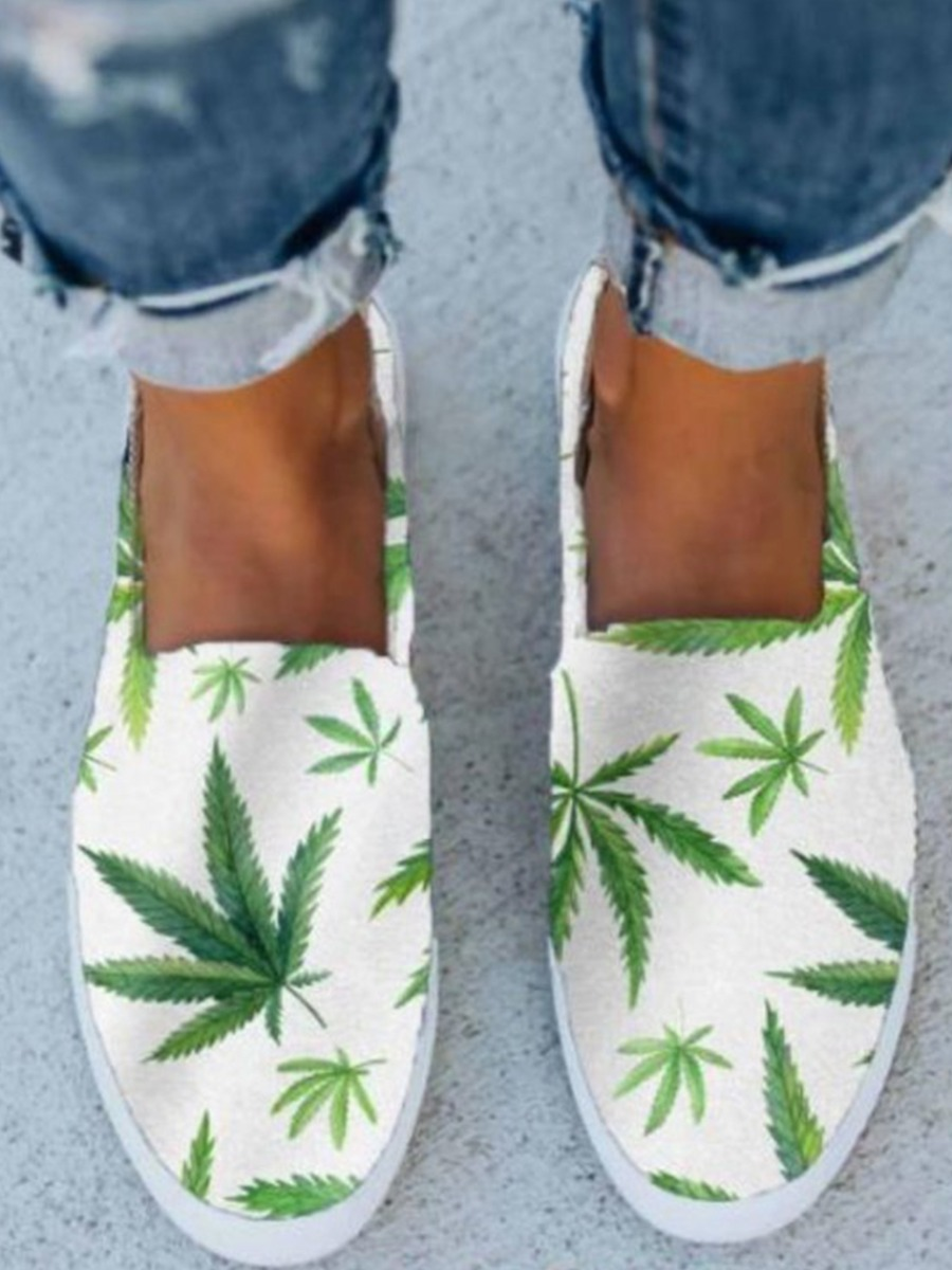 Lovelywholesale coupon: LW BASICS Casual Floral Print White Flats