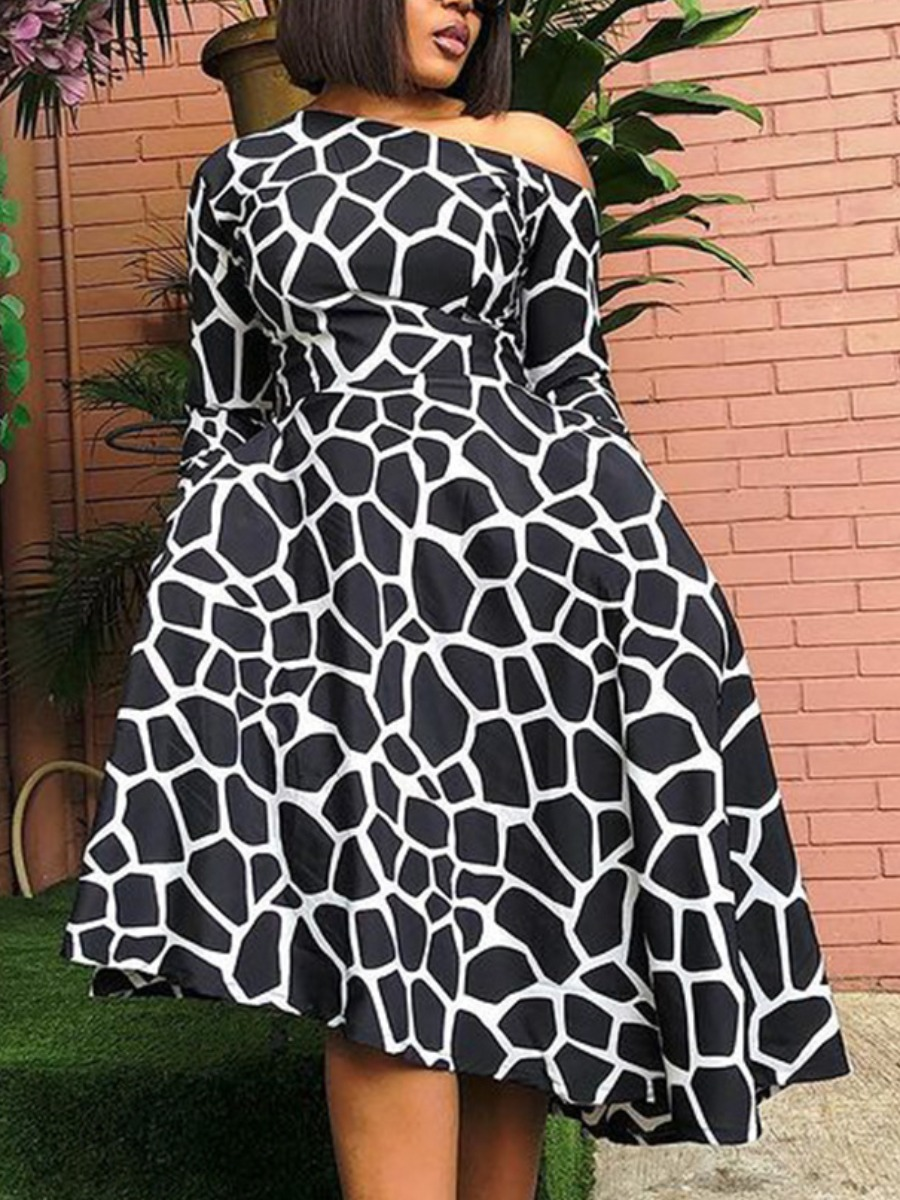 LW Boat Neck Geometric Print A Line Dress