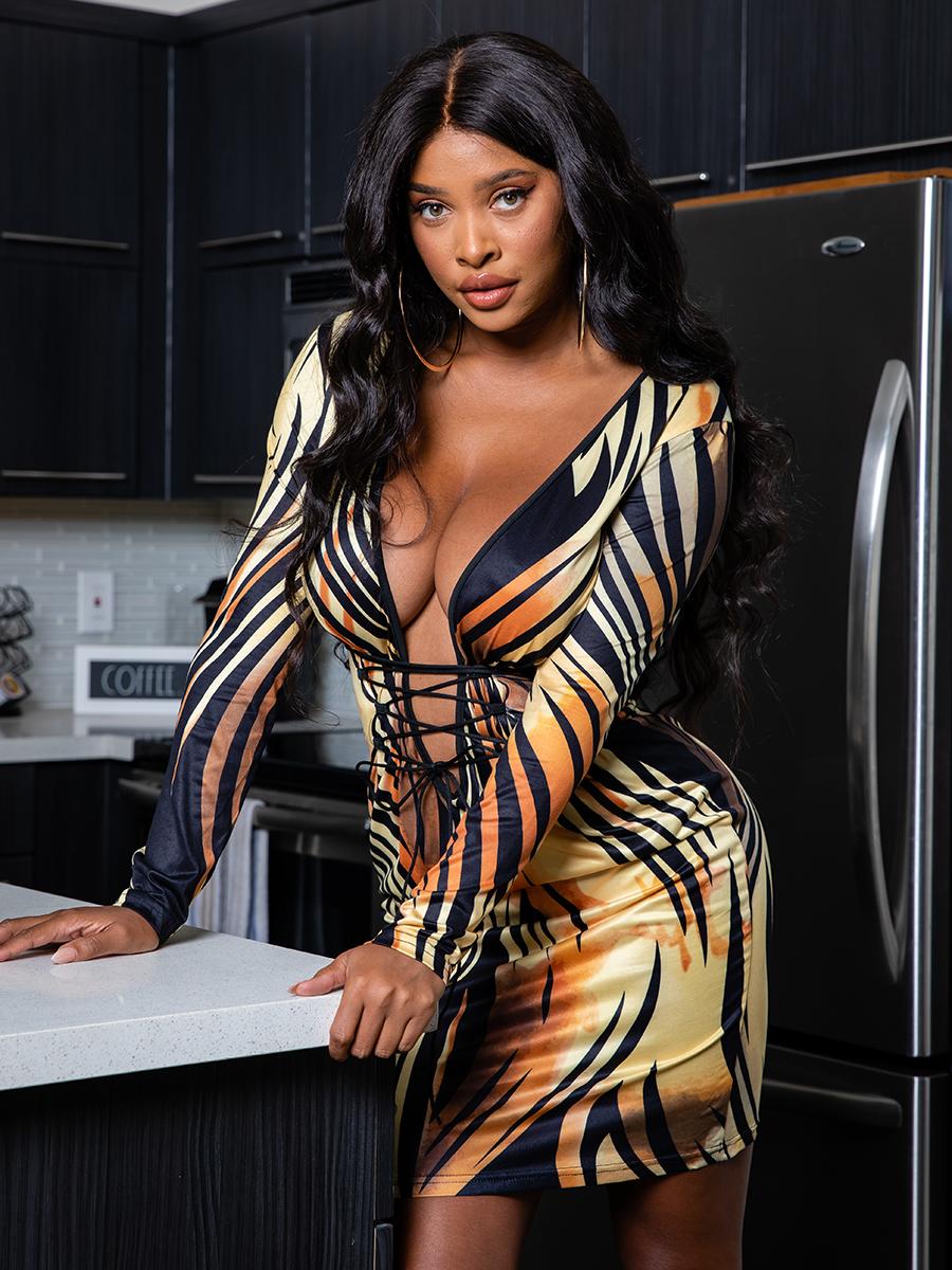 LW SXY Deep V Neck Print Bandage Design Black Mini Dress(Batch Print)