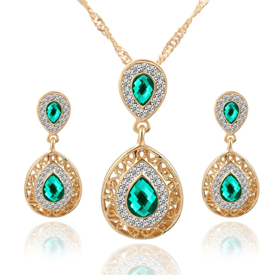 LW Crystal Decoration Hollow-out Necklace