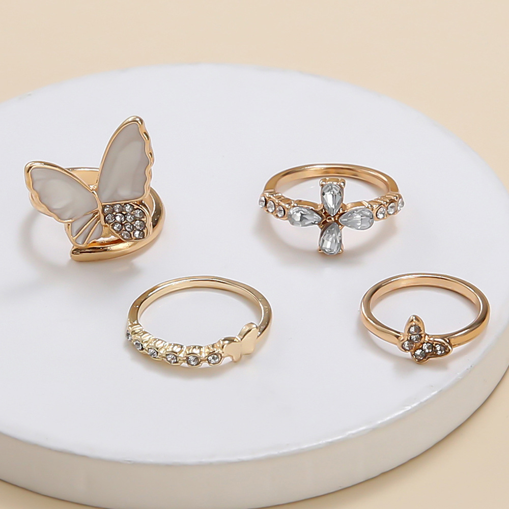 Lovely 4-piece Butterfly Decoration Ring