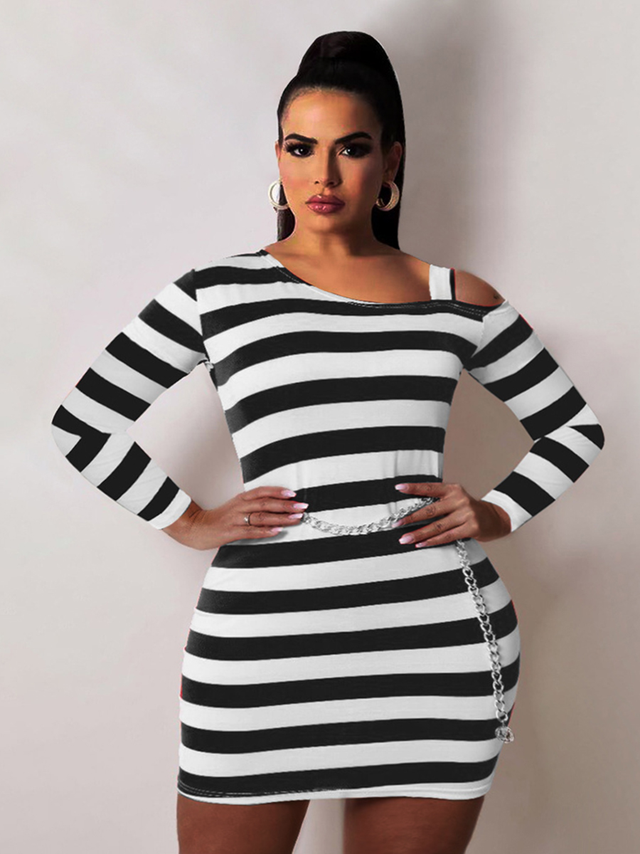 LW Plus Size Hollow-out Design Striped Dress (Without Chain)